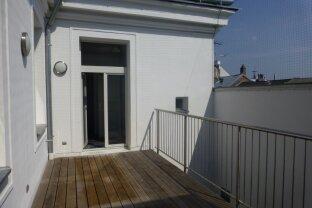 Altbau Innenstadtwohnung - Domplatz - top saniert + Balkon