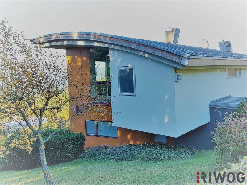Die Stadt Graz liegt Ihnen zu Füßen - Villa in absoluter Traumlage mit rund 1.800 m² Bauland und Architektenstudie in 8045 Graz-Zösenberg /  / 8045Graz / Bild 0