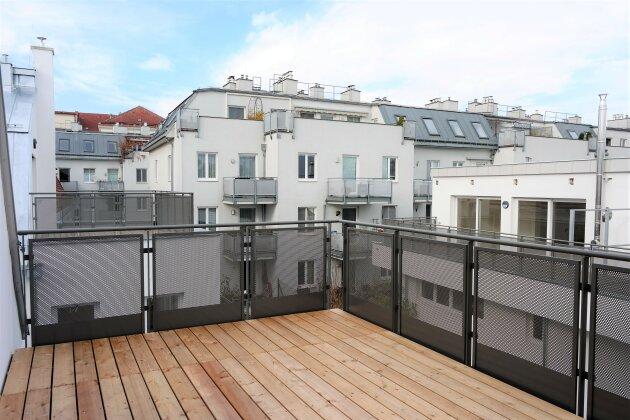 Foto von :::Grosszügige DG-Loftwohnung mit Terrasse in Grünruhelage Nähe Stadtplatz - Wohnprojekt im Baurecht:::