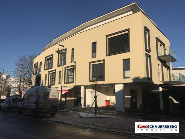 Neuerrichtung eines Wohn und Geschäftshauses im Zentrum von Andritz