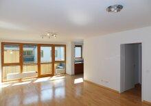 VERKAUFT - Perfekte 3 Zimmer Wohnung in Hofruhelage mit Loggia und TG Platz - Bestlage 1070 Wien