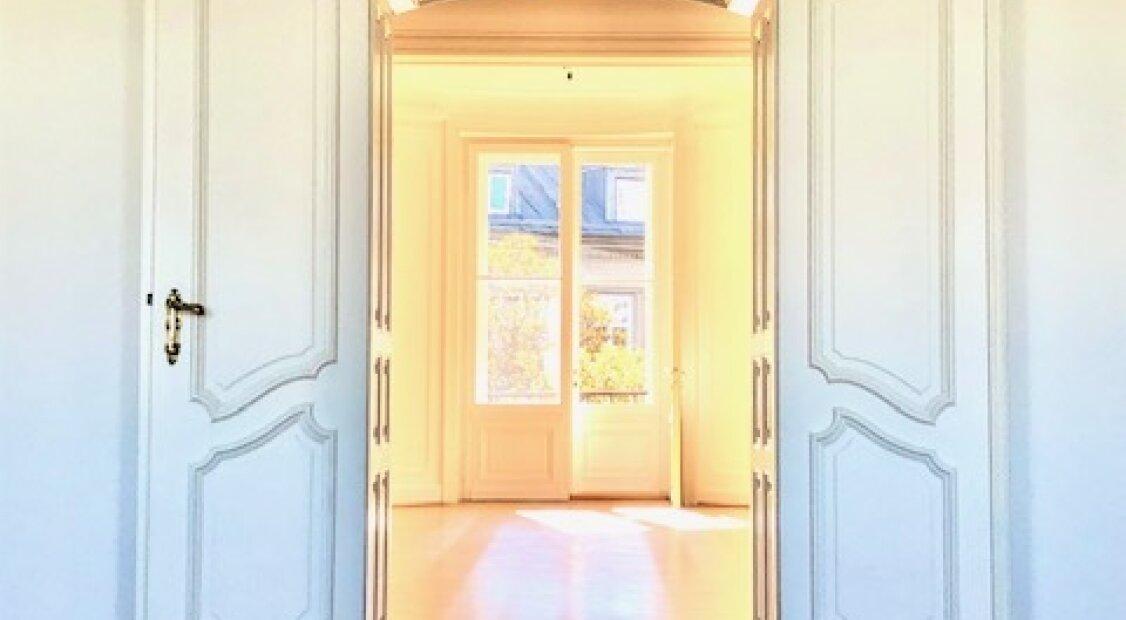 1090! Prachtvolle 4-Zimmer Altbauwohnung bei Votivkirche! UNBEFRISTET