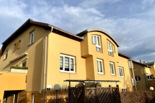 VERKAUFT! Am Gaumberg - Schöne 2 Zimmer-Wohnung mit Terrasse