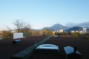 Familien- /  WG geeignet 4 Zi. Wohnung mit Balkon - Erstbezug nach Sanierung + PROVISIONSFREI für den Mieter!!!