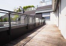 Traumhafte Dachgeschosswohnung mit 2 Terrassen und Klimaanlage!