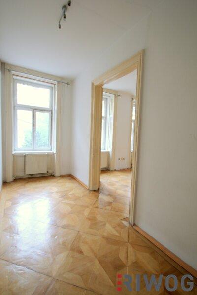 ++ 2 Zimmer bei WIEN MITTE ++ Wohnen mitten im Dritten ++ sanierungsbedürftige Altbauwohnung in absoluter Toplage /  / 1030Wien / Bild 4