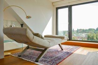 Elegante Dachgeschoßwohnung in bester Währinger Cottage-Lage
