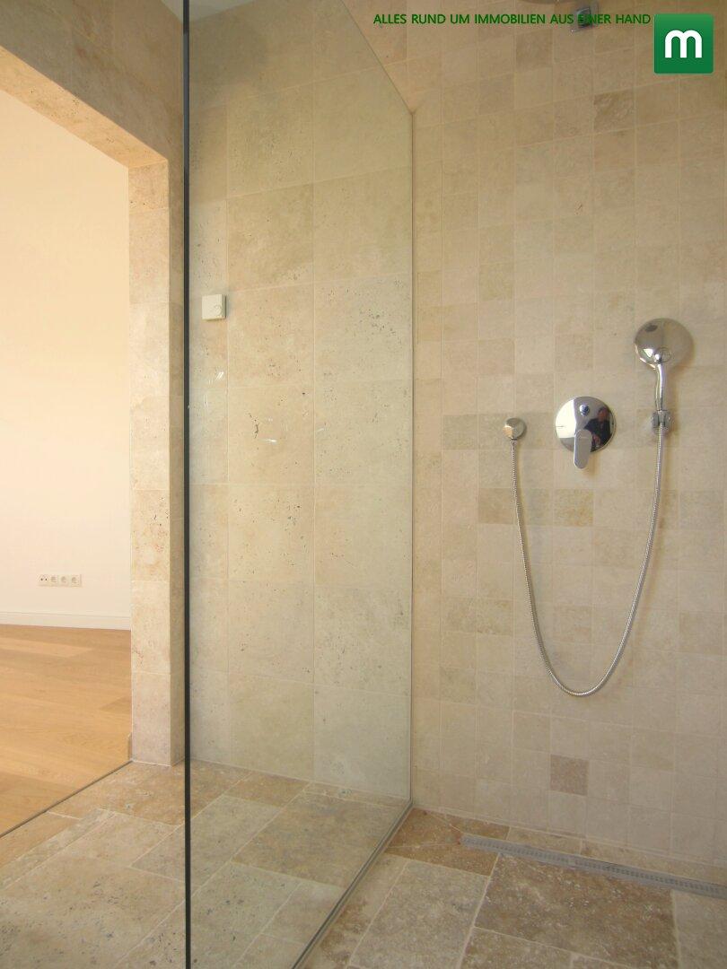 Dusche im Ensuite-Bad