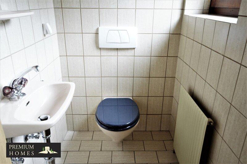 BREITENBACH am Inn - 2 Zimmer Mietwohnung Toilette
