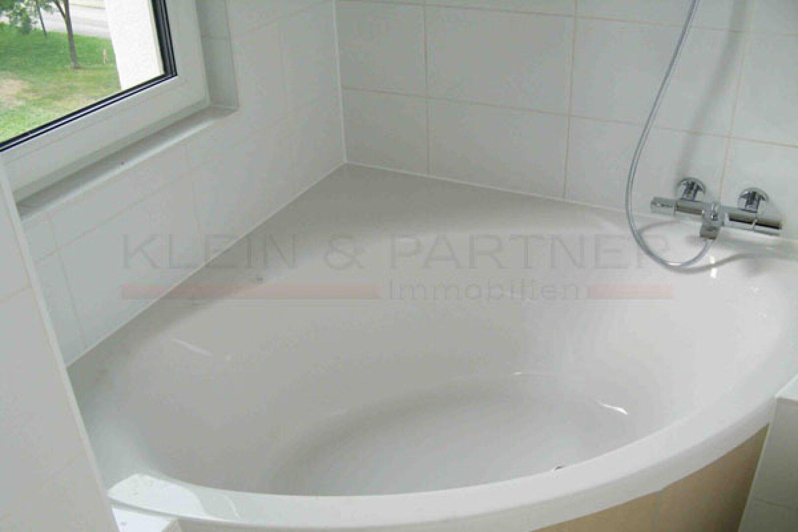 8. Badezimmer mit Ec