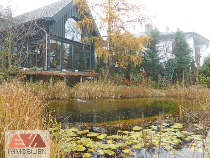 Chalet mit prämiertem Naturgarten und Schwimm-Biotop