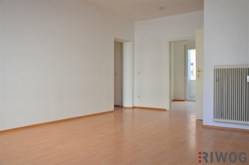 Kreuzbergl: ruhig gelegene 4-Zimmer-Wohnung mit Balkon