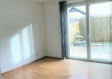 3-Zimmer-Wohnung im Reihenhausstil (auch möbliert)