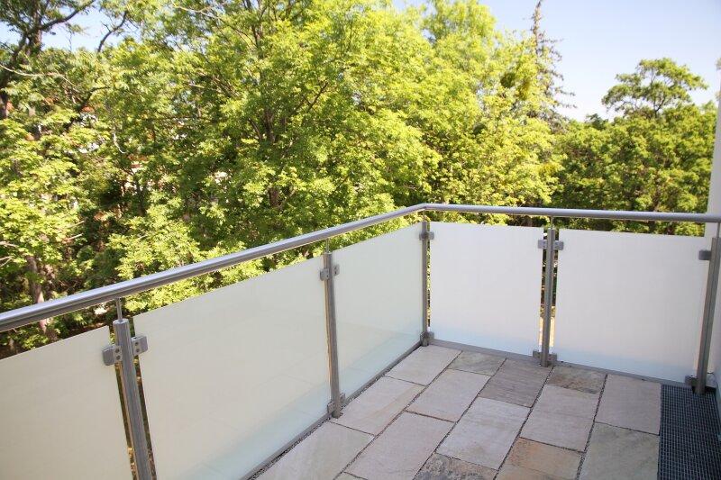 Terrasse  U N D  2 Balkone!! 30m²-Wohnküche + Schlafzimmer, 3.Stock Bj. 2017, Obersteinergasse 19 /  / 1190Wien / Bild 1