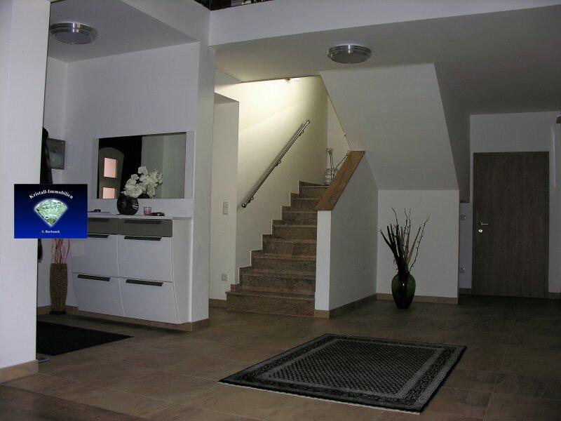 Neuwertiges Traumhaus Nähe Eisenstadt - 000847