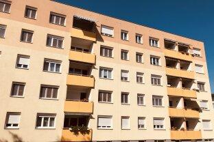 VERKAUFT!!! Sehr gepflegte 3-Zimmer Wohnung mit viel Potential und Tiefgaragenplatz in Trauner Toplage