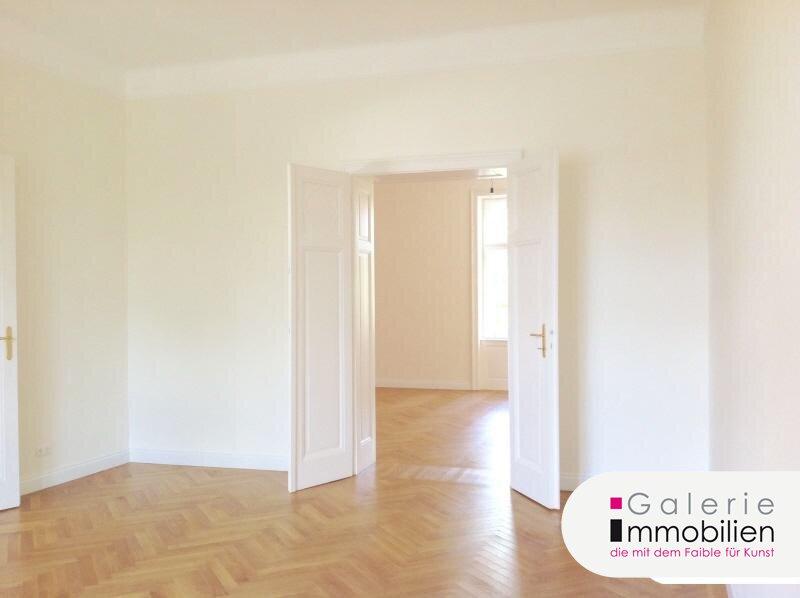 Herrschaftliche Beletage mit Veranda und Balkon - neu saniert Objekt_29892 Bild_220