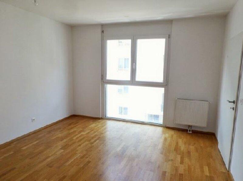 moderne 3 Zimmer Wohnung mit Balkon nahe dem Hugo Wolf Park