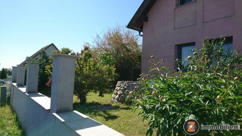 Großzügiges Haus in toller Lage mit Traumgarten und Terrasse!