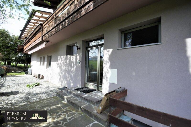 Itter - Eigentumswohnung - Eingangstüre