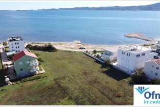 Bauland in erster Reihe zum Meer - seltene Gelegenheit in Kroatien!