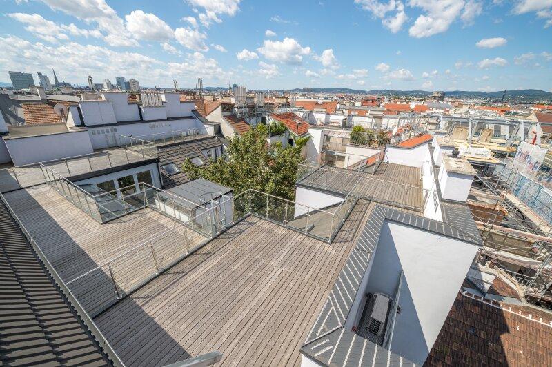 ++NEU** Hochwertiger DG-Erstbezug: 40m² Dachterrasse in Citylage! **VIDEOBESICHTIGUNG**