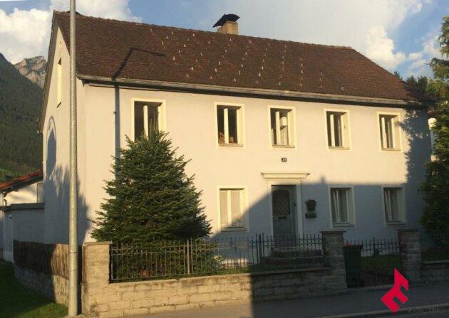 Mehrfamilienwohnhaus in zentraler Wohnlage