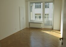 Exquisite Wohnung mit kleinem Balkon in Toplage