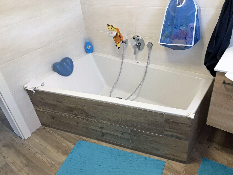 Badewanne im OG, Einfamilienhaus Fieberbrunn