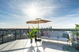 PENTHOUSE mit 247m² Freifläche, WHIRLPOOL, SAUNA und einer 360° SKYLINE!