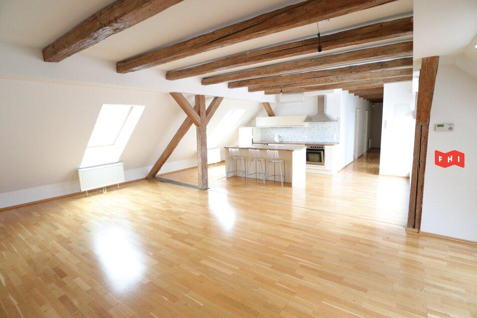 Dachterrassen-Objekt in zentraler Ruhelage mit Garagenmöglichkeit