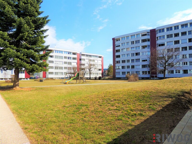Welzenegg - 5 Zimmer, Einbauküche, Fernblick, Tiefgarage und Kachelofen!