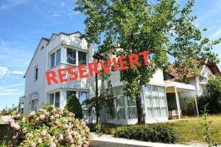 """einzigartiger Wohntraum mit Wintergärten und Weinkeller in besonderer Ruhelage """"RESERVIERT"""""""