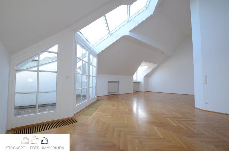 Traumhafte DG-Mietwohnung mit großer Terrasse