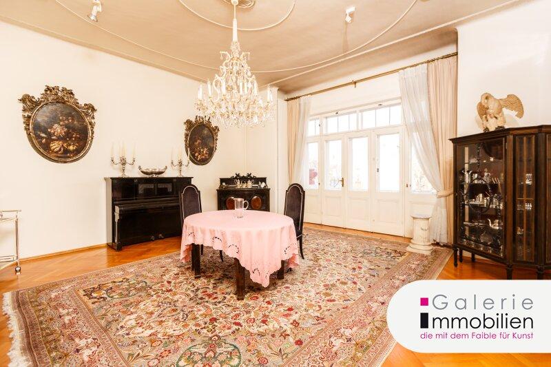 Imposante Jahrhundertwendevilla mit großer Dachterrasse und Garage Objekt_34566 Bild_139