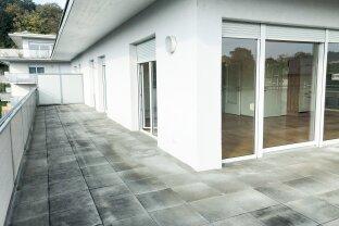 Sehr geräumige, helle 3-Zimmer Penthouse - Wohnung in Geidorf mit großer ca. 80 m2 Terrasse