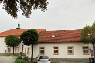 2410 Hainburg an der Donau - Interessantes Anlegerobjekt mit traditionellem Restaurant und 4 Wohnungen