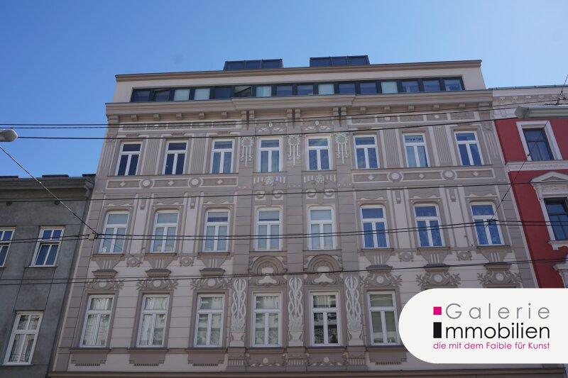 Sanierungsbedürftige 2-Zimmer-Wohnung in saniertem Altbau Objekt_26022
