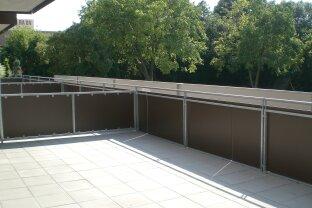 3 Zimmer-Wohnung mit sehr großer Terrasse