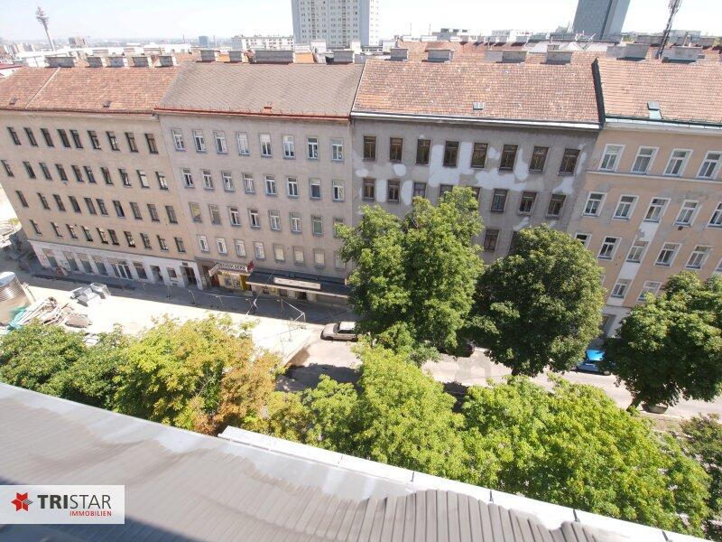 Hochwertig errichtete 3,5 Zimmer-DG-Maisonette mit Wintergarten, Terrasse und fantastischem Wienblick! /  / 1100Wien / Bild 2