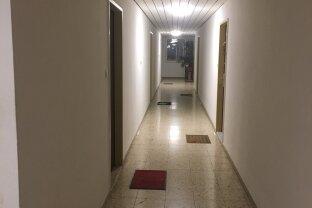 2 Zimmer Wohnung mit 2 Balkon.
