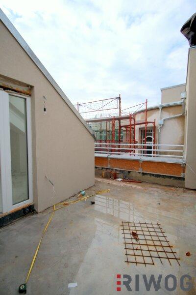 ++ LUXUS-DACHGESCHOSSWOHNUNGEN ++ Exklusive 3-Zimmer DG-Wohnung auf 109 m² und westseitiger Terrasse (19 m²) /  / 1020Wien / Bild 2