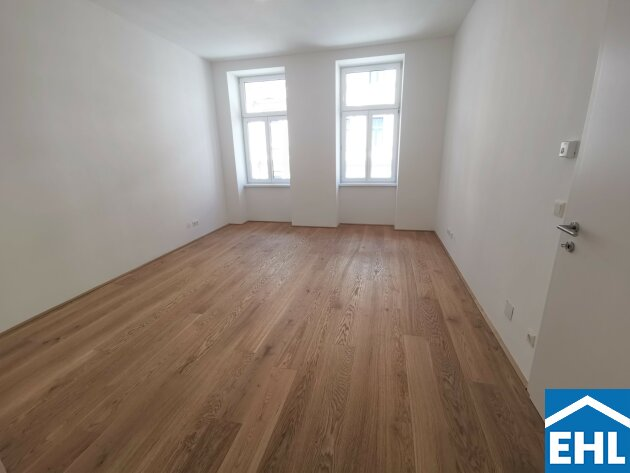 ERSTBEZUG nach Sanierung Nähe Augarten: 2-Zimmer Altbauwohnung