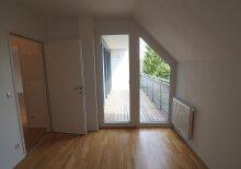 TOLLE 2-Zimmer-Wohnung mit großer Terrasse und Garage nächst Marchfeldkanal!