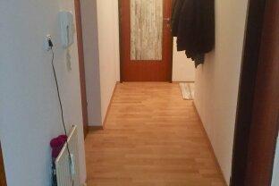 Gut geschnittene 4 Zimmer-Wohnung mit vielen Vorteilen!