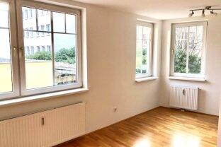 Entzückende 2-Zimmer Single- oder Pärchen- Wohnung - Nähe Brunnen-Markt!