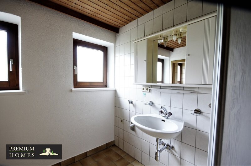 BREITENBACH am Inn - 2 Zimmer Mietwohnung Dusche