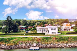 Direkt an der Donau mit eigenem Bootsanlegeplatz