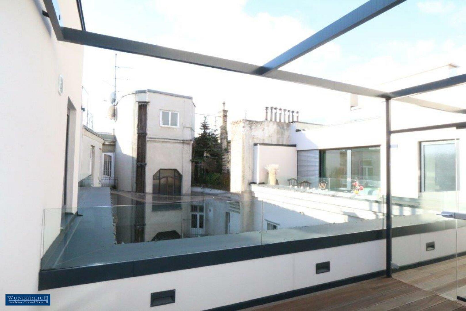 Terrasse v. Küche