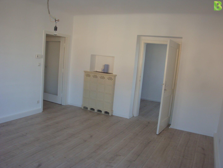 Zimmer mit Kaminofen
